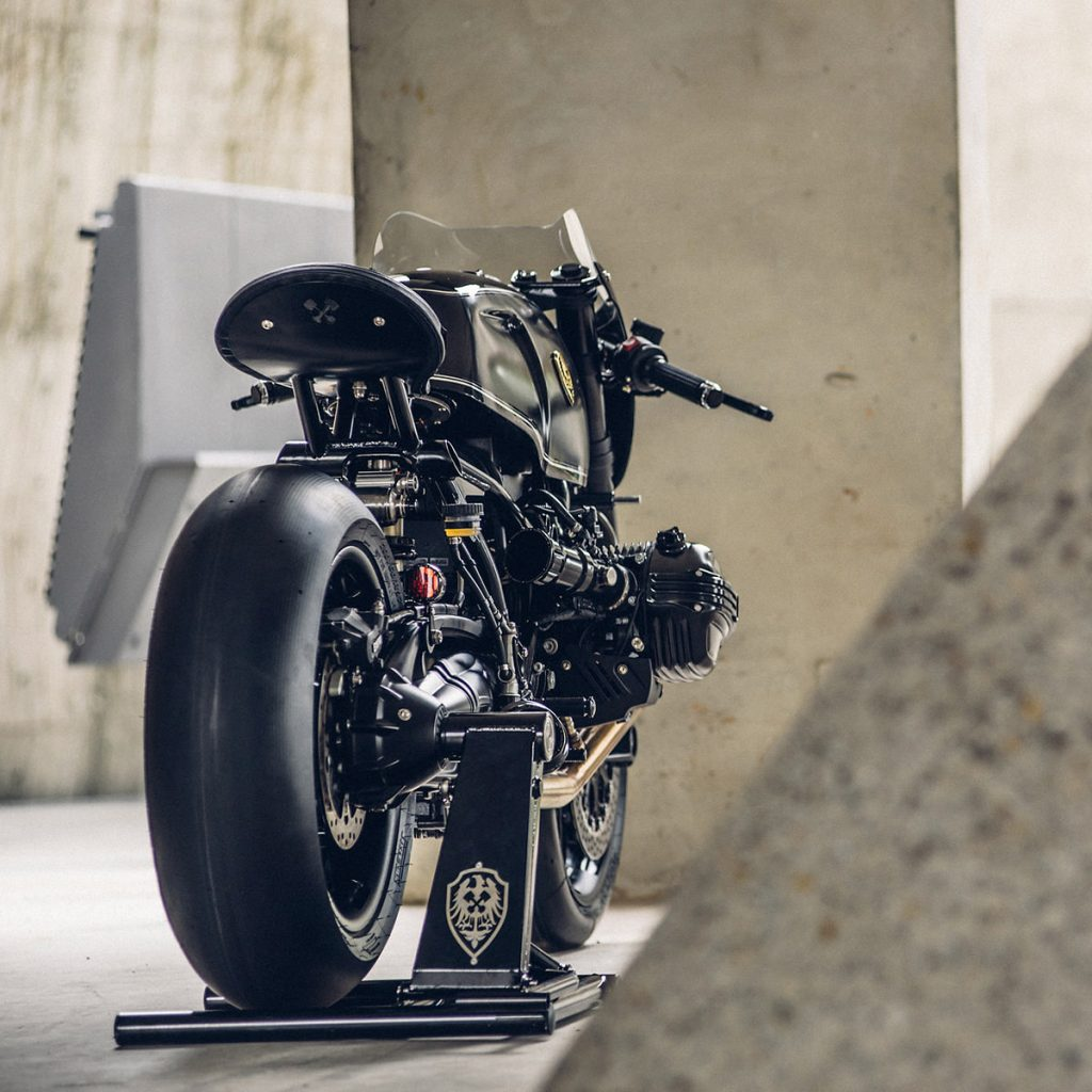 bmw-r-ninet-custom-bmw-cafe-racer-rough-crafts (1)